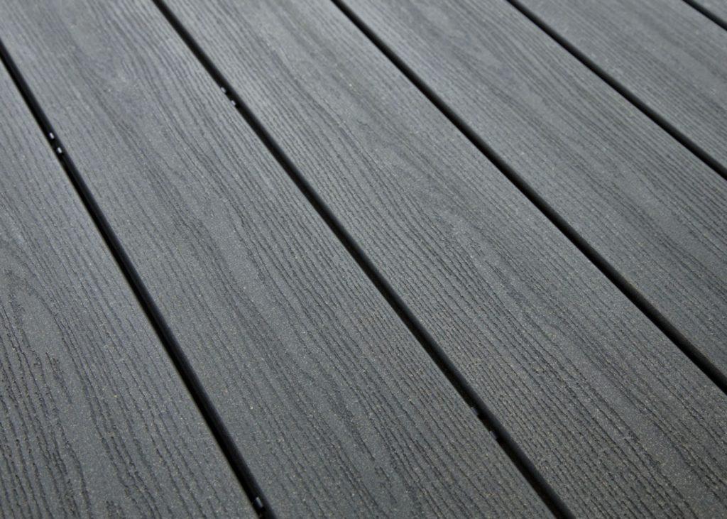 prix d une terrasse en bois quel prix faut il pr voir au. Black Bedroom Furniture Sets. Home Design Ideas